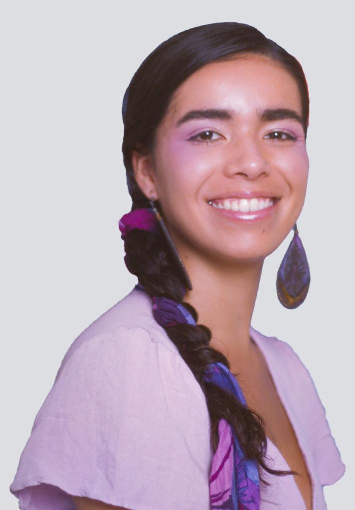 Julia Calvo-Junkin